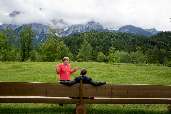 Merkel and Obama at G7 - the main topic was Russia and Ukraine