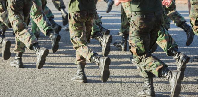 2853601-olnierz-wojsko-armia-657-323